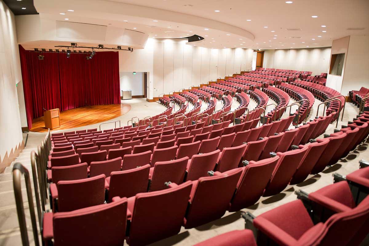 Liliu 剧院(310室)|可容纳人数:459人